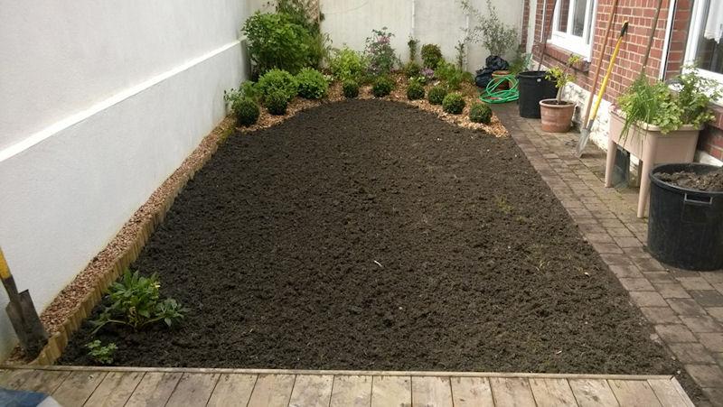 jardin romantique perenchies initial